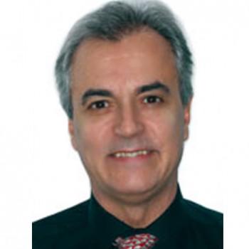 Dr. José María Llamas